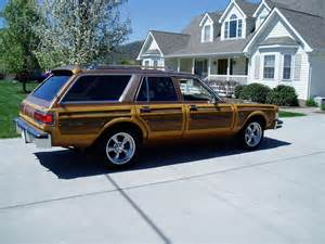 Chrysler Town And Country Wagon Bangshift Ebay Find This 1979 Chrysler Town And