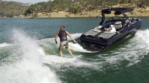 centurion boats reviews 2018 centurion ri237 wakesurfing review youtube