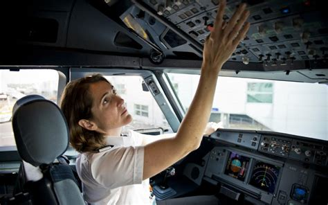 commercial woman pilot where s the captain and other things passengers say