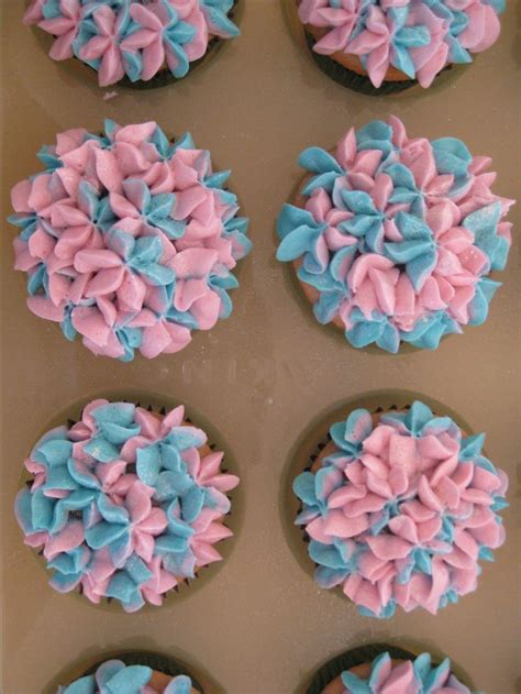 flower decorating tips 25 best images about wilton 1m 2d tips on pinterest