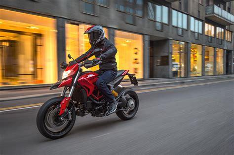 Ducati Hyper Motorrad by 2017 Ducati Hypermotard 939 Review
