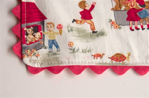 How To Sew Rick Rack Into A Seam by Aesthetic Nest Sewing Rickrack Place Mats And Napkins