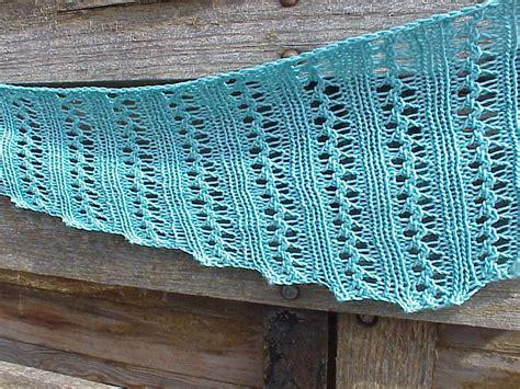 kriskrafter free knitting pattern wiggle lace scarf