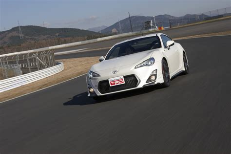 Stadium Toyota Ta Toyota Toont Gt 86 Modellista En Performance Line