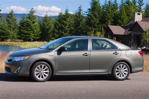 the elegance of 2014 toyota camry xle you should know