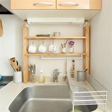 diy rs 1 4 diyで棚を作って大型キッチン収納に 初心者も簡単な作り方だから手作りで賃貸でもokのおしゃれなラックを自作 北欧 暮らしの道具店