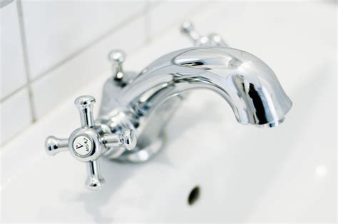 how to change a bathtub faucet how to repair or replace a mobile home bathtub faucet