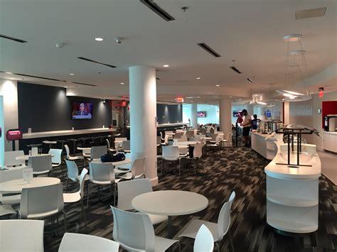 avianca opens new vip lounge at miami international