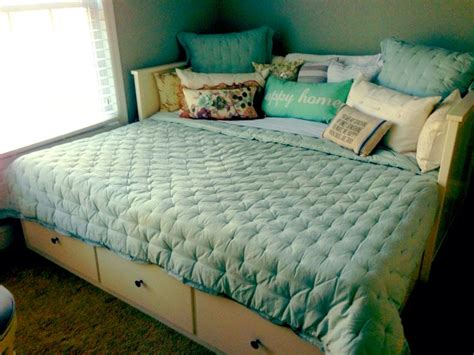 Ikea Hemnes Daybed Pull Out Hemnes Daybed Ikea Ashlynne S Room Pinterest Ikea Ikea Beds And Decor