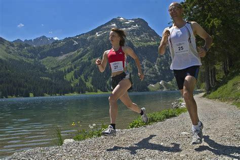 les sportifs et le risque d arthrose m 233 decine sportive
