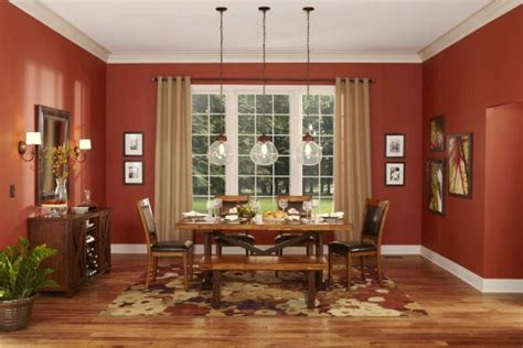we the warm colors in this dining room allen