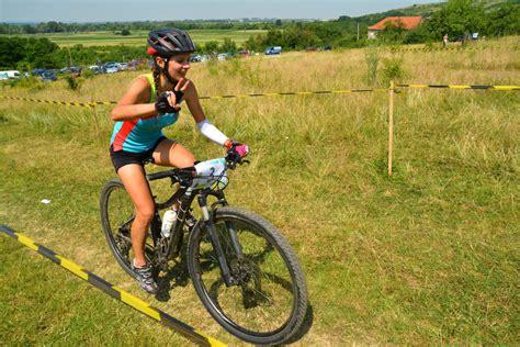 womens bike riding women bike riding images www imgkid com the image kid