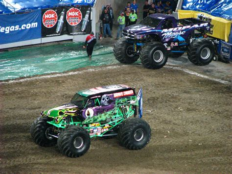 monster truck show south florida monster jam raymond james stadium ta fl 047