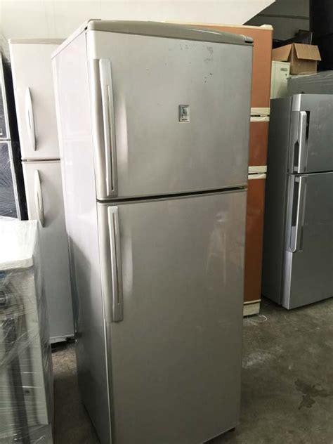Freezer Sanyo Second 2 pintu freezer sanyo refrigerator fridge peti ais
