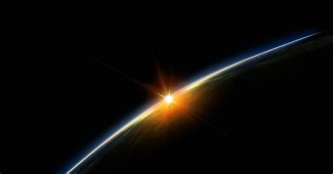 gambar matahari terbit  luar angkasa  gambar