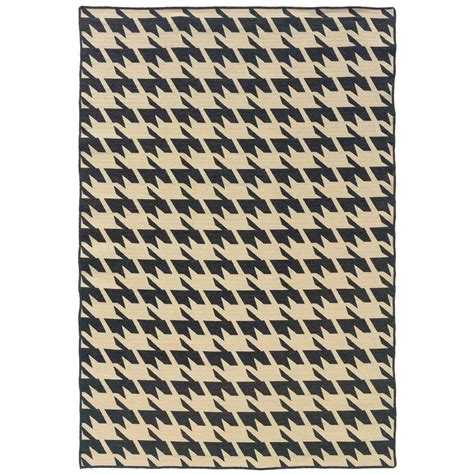 houndstooth rugs linon home decor salonika houndstooth grey 5 ft x 8 ft area rug rug sa0658 the home depot
