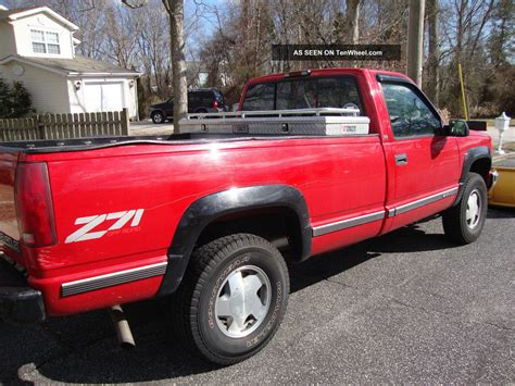 chevrolet make 1998 chevy plow truck z71 trans need to sell asap make offer