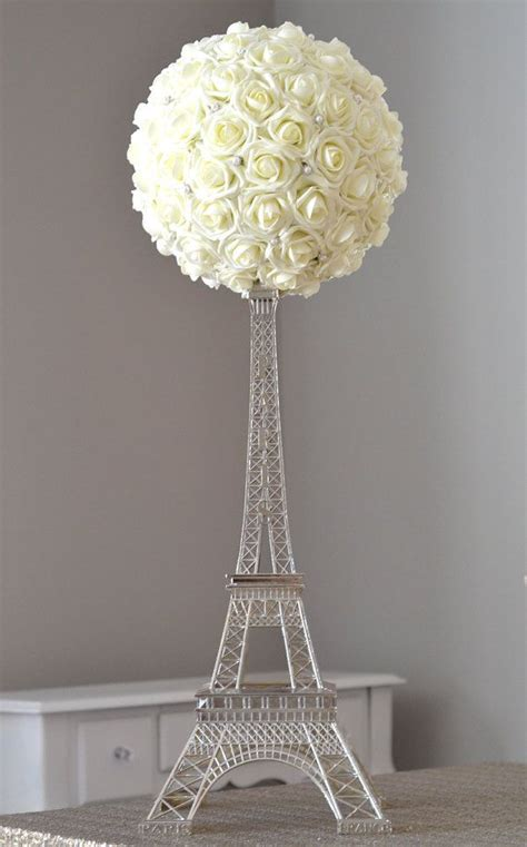 Eiffel Tower Table Decorations by Best 25 Eiffel Tower Centerpiece Ideas On Theme Centerpieces