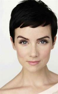 pixie cut to disguise thinning hair the best cuts to disguise thinning roots short pixie