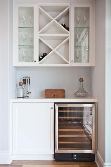 Small Bar Cabinet Ideas Best 25 Small Bar Cabinet Ideas On Pinterest Living Room Bar Dining Room Bar And Dinning