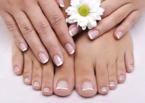 gel nail courses now with free manicure polish amp art training