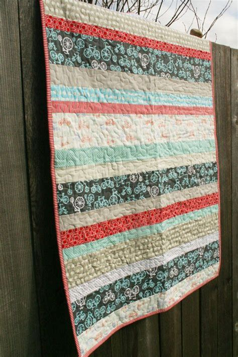 Stripe Quilt by Best 25 Striped Quilt Ideas That You Will Like On