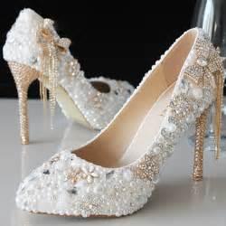 2015 luxury beautiful pointed toe pearl bridal wedding