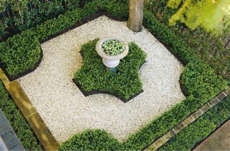 alley garden by fudge landscapes boxwoods daily garden 007 fudge pith vigor