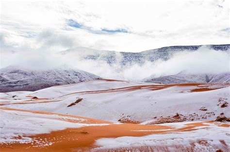 snow in sahara amazing photos snow in the sahara desert