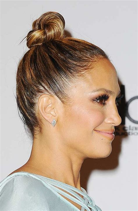 Knot Hairstyle by 29 Pretty Top Knot Hairstyles That Will Inspire You