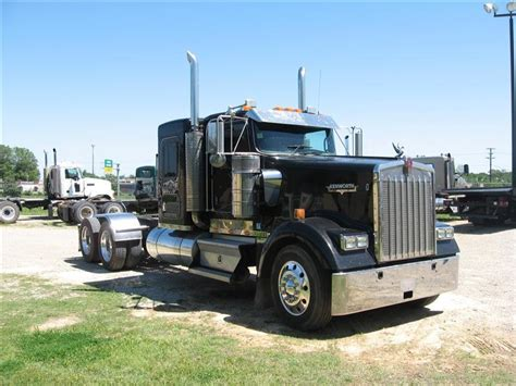 kw w900 for sale used 2007 kenworth w900 flattop tandem axle sleeper for