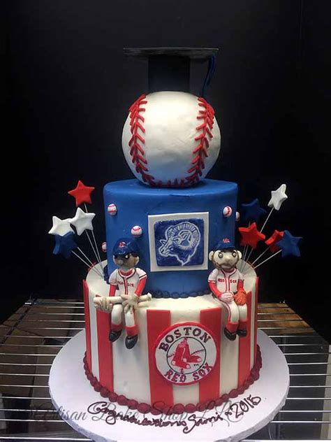 Custom Graduation Cakes, Creative Graduation Cakes