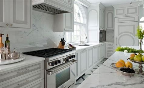 two tone kitchen cabinet doors 20 kitchens with stylish two tone cabinets