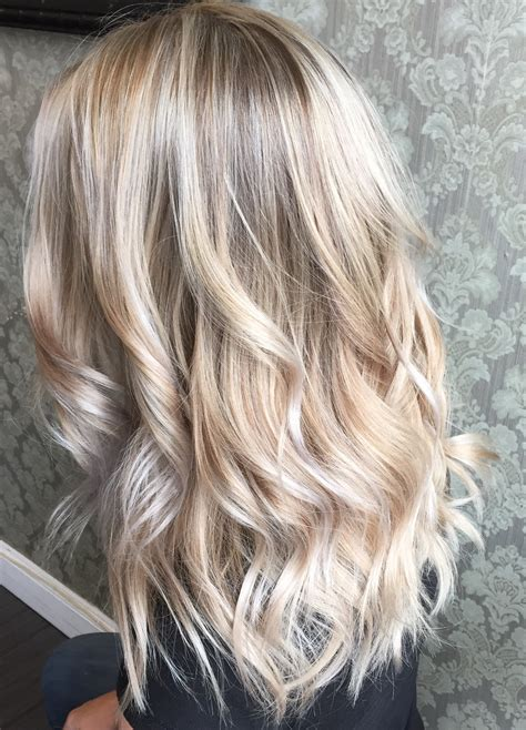 light brown and platinum blonde ombre hair beautiful platinum blonde hair painted hair balayage
