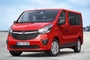 Vauxhall Vivara Opel Vivaro Gets Combi Version For Passenger Transport