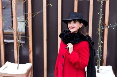 wardrobe choices for women over 60 meet german style blogger lady 50plus fabulous after 40