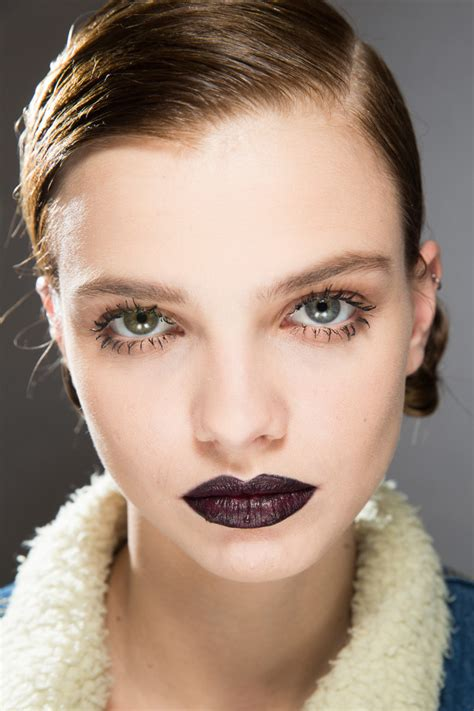 Fall Makeup Trends Contour 2 by The 7 New Makeup Trends You Need To About This Fall