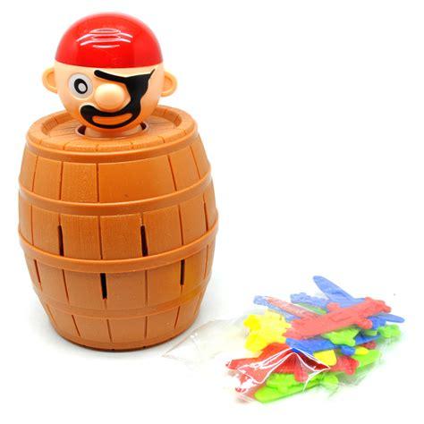 Mainan Pirate Lucky Barrel Running pirate lucky barrel running