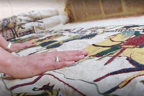 Qui A Fait La Tapisserie De Bayeux une anglaise fait une r 233 plique maison de la tapisserie de