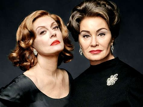 jessica lange and susan sarandon as joan crawford and bette davis vs joan crawford drama feud gets a sensational