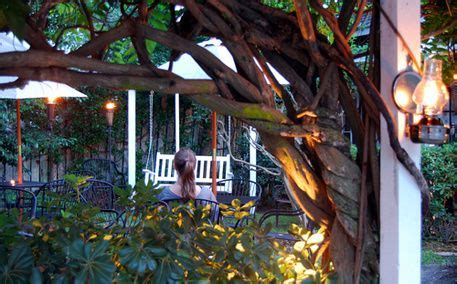 lowcountry backyard hilton head best 25 backyard restaurant ideas on pinterest beach