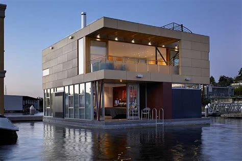floating home by vandeventer carlander architects