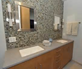 glass tile backsplash bathroom bathroom