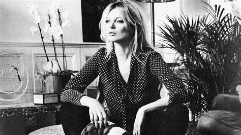 Kate Moss Is Totally Normal by Kate Moss Dise 241 A Una Colecci 243 N Para Equipment