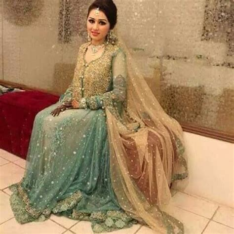 Farah Maxy Naelisandy 1 17 best images about walima dresses on manish indian weddings and walima