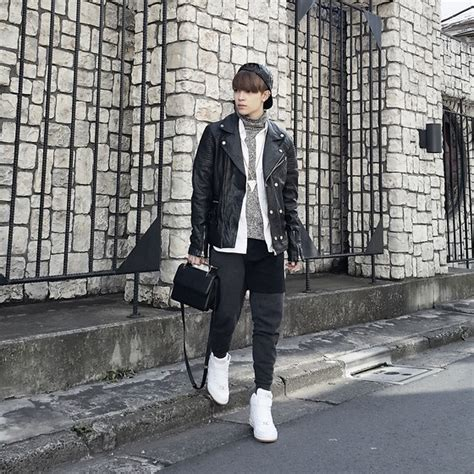 Zara Ripped Bangkok ivan chang zara coat levi s 174 vinatge vest tastemaker