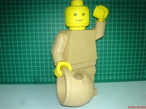 How To Make A Paper Lego - lego minifigure paper craft gadgetsin