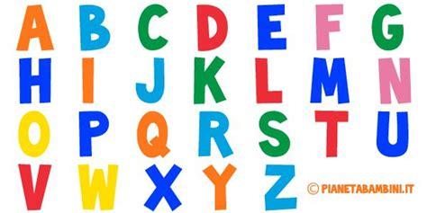 nomi con 4 lettere lettere dell alfabeto colorate e grandi da stare