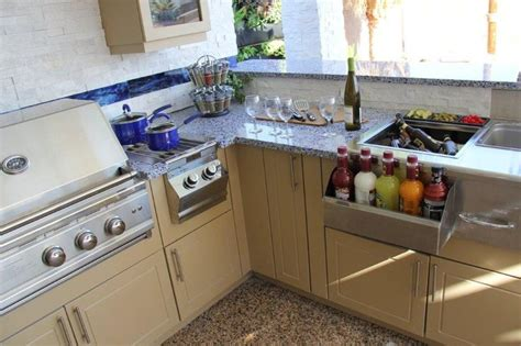 kitchen crashers best 25 kitchen crashers ideas on pinterest live edge wood basement bars and live edge shelves
