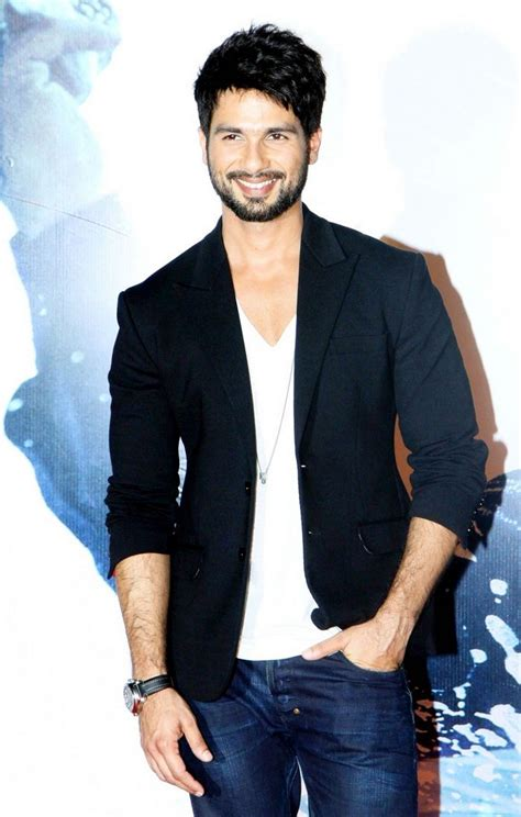 biography of movie haider shahid shraddha at haider trailer launch indiatimes com